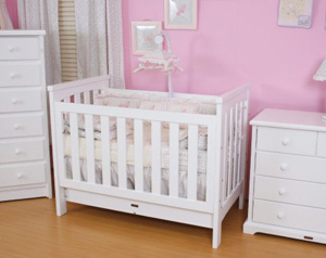 Love_N_Care 3 in 1 Cot